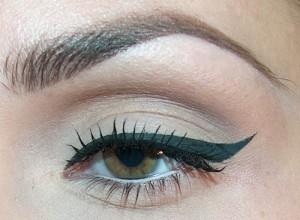 Eyeliner-Nasıl-Çekilir1